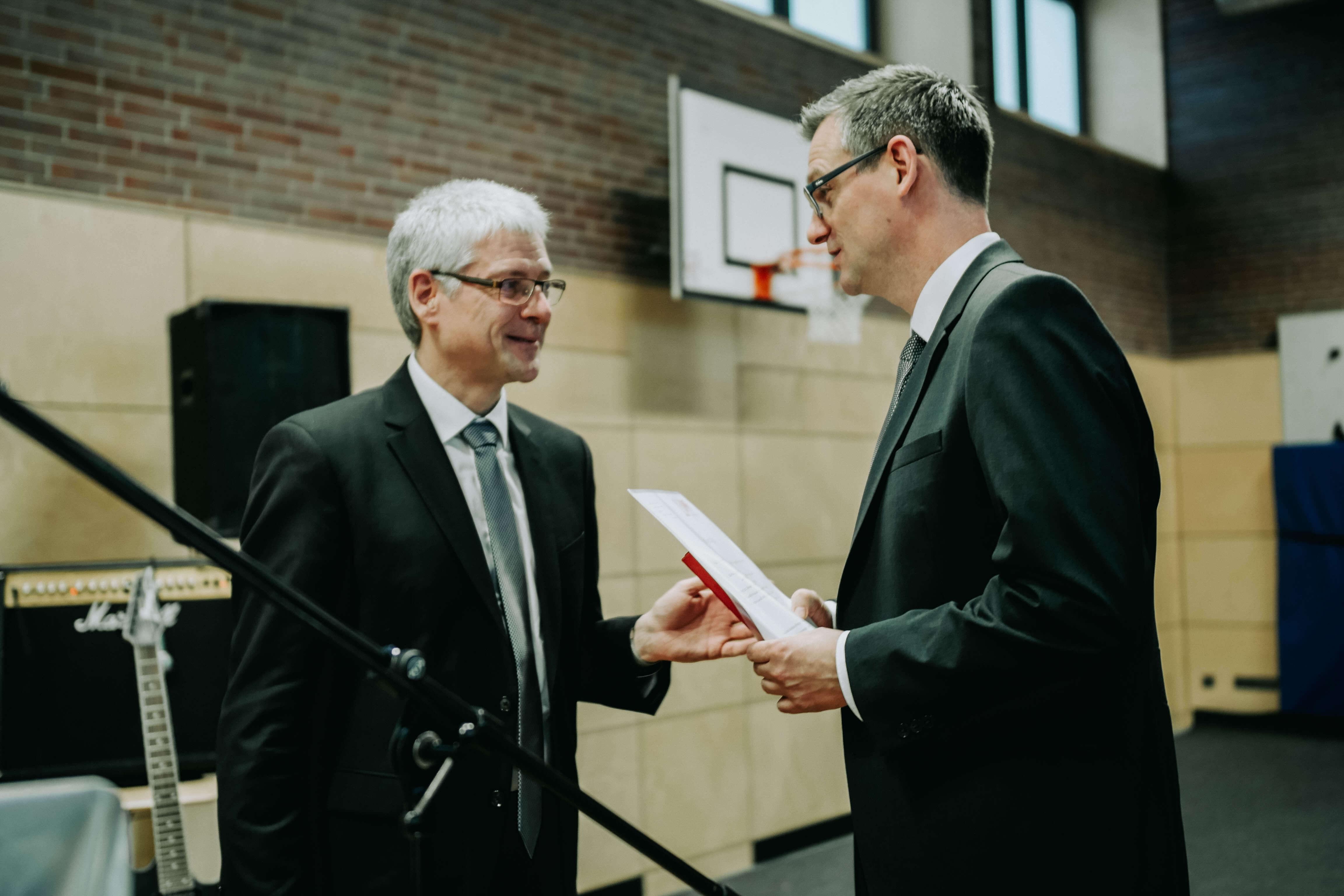 Neuer Schulleiter an der Oskar-Sembach Realschule Lauf