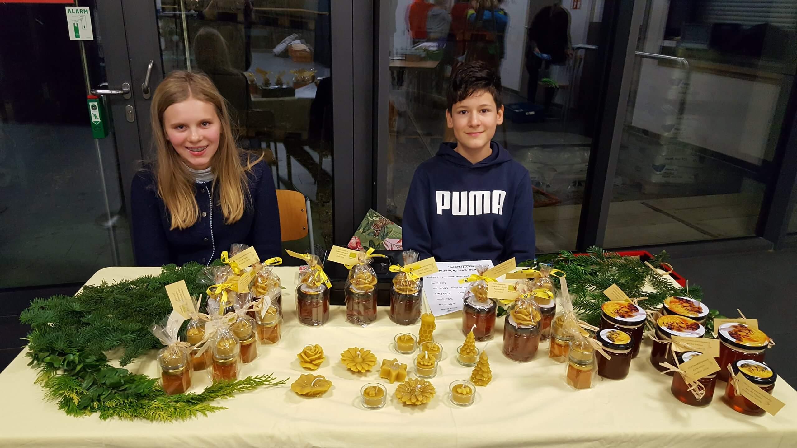 Das Wahlfach Schulimkerei startet ins neue Bienenjahr